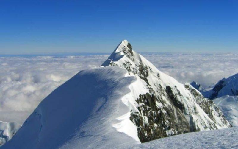 Aoraki summit ridge c