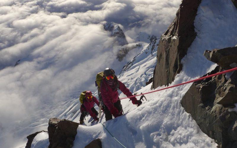 Malik twins climbing Mt Cook