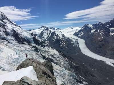 Alpine mountain views in South Island, NZ